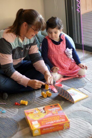 Toys For Engineers : Goldiebox engineering toys for girls review tot hot or not