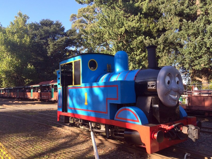 Thomas the tank engine puffing billy