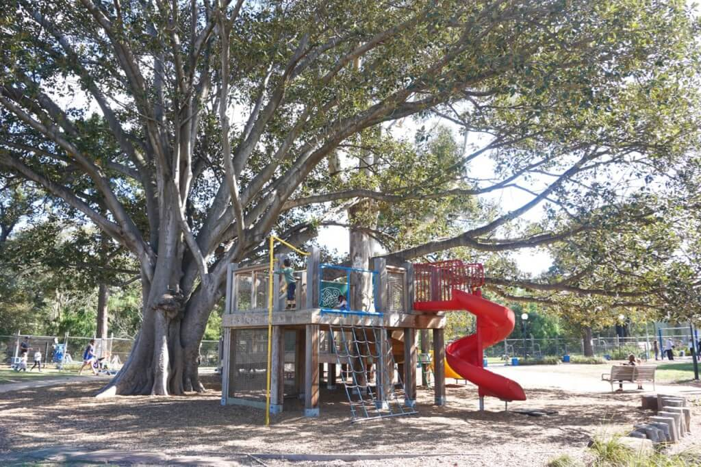 Alma Park East playground, <a href=