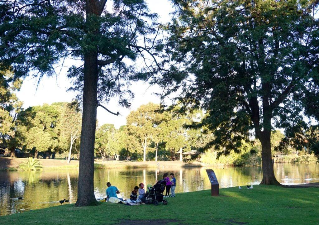 Coburg Lake Reserve, <a href=