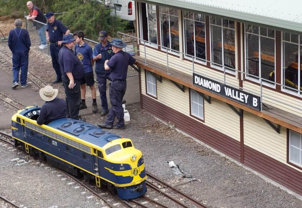 Diamond Valley Railway | Eltham Miniature Train | Review
