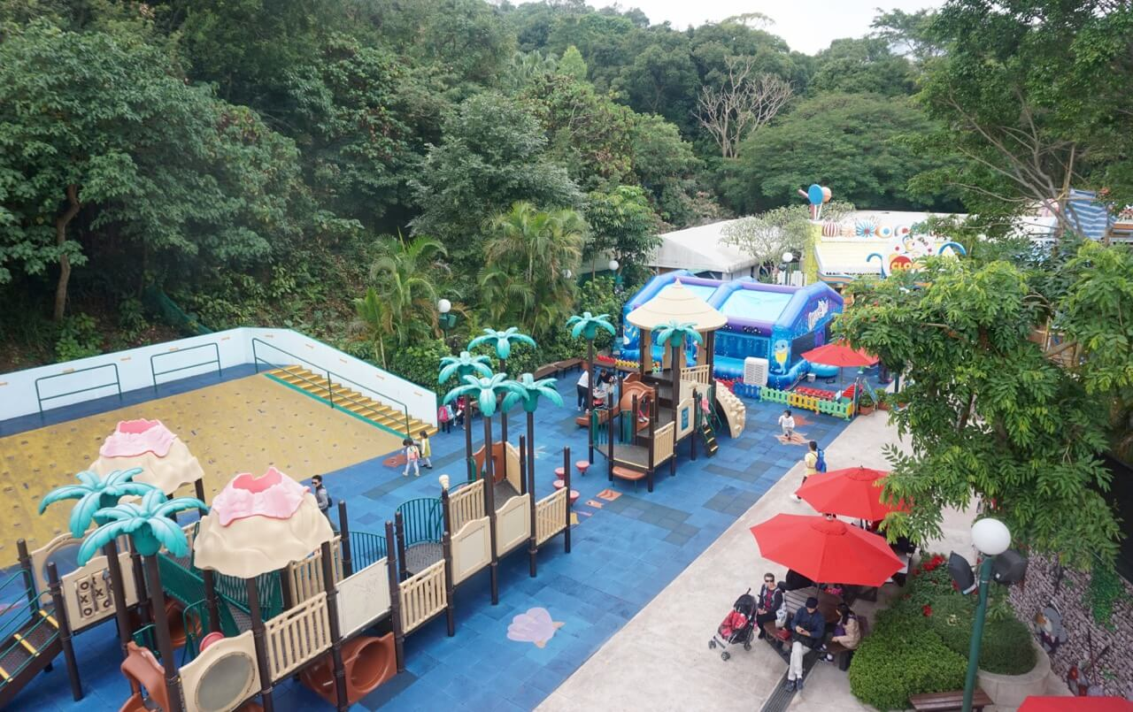 the situation of hong kongs ocean park Opened in 1977, ocean park hong kong is a marine-life theme park featuring  animals, thrill rides and shows it is located on the southern side of hong kong.