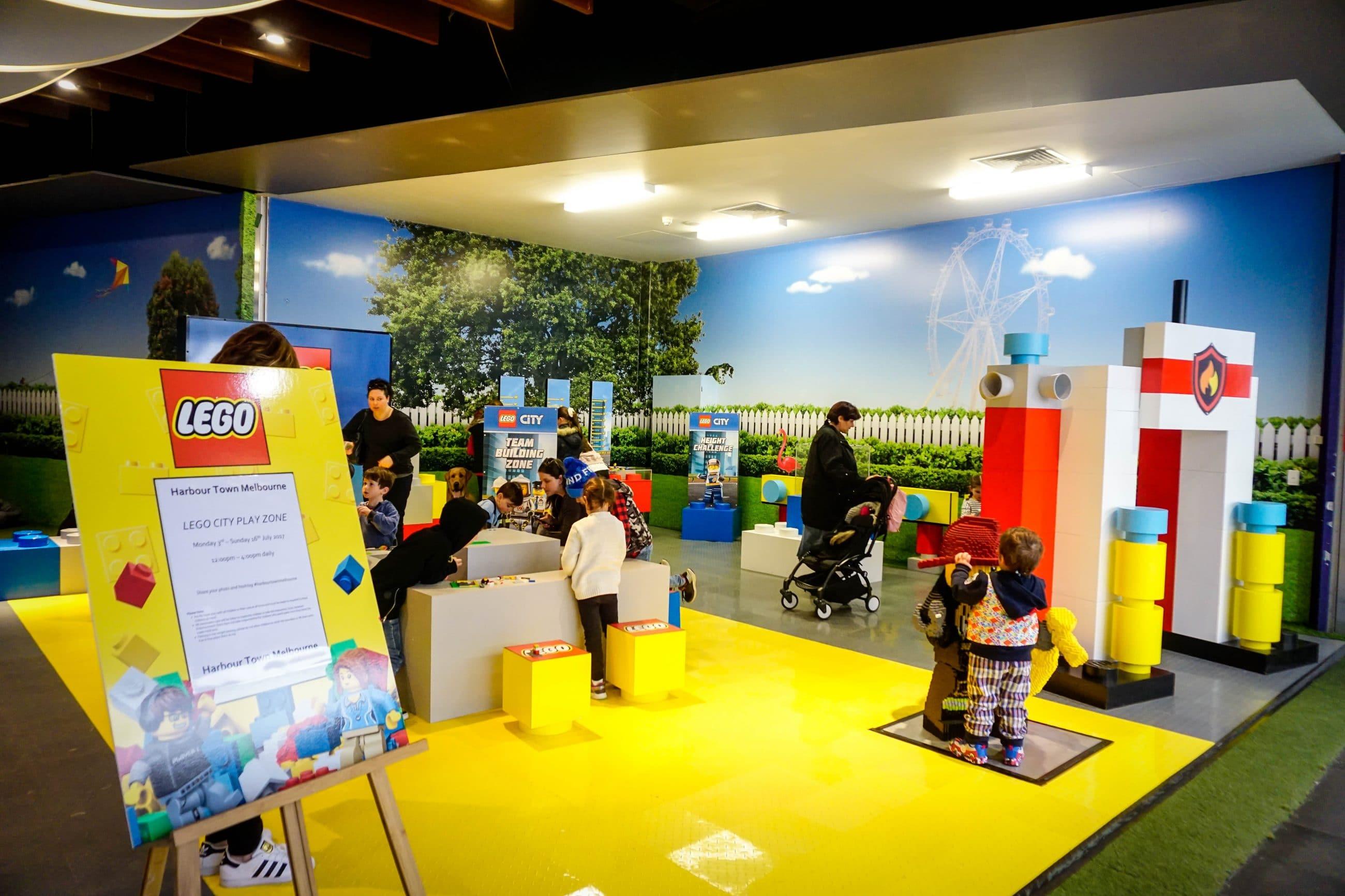 Lego Arcade Building
