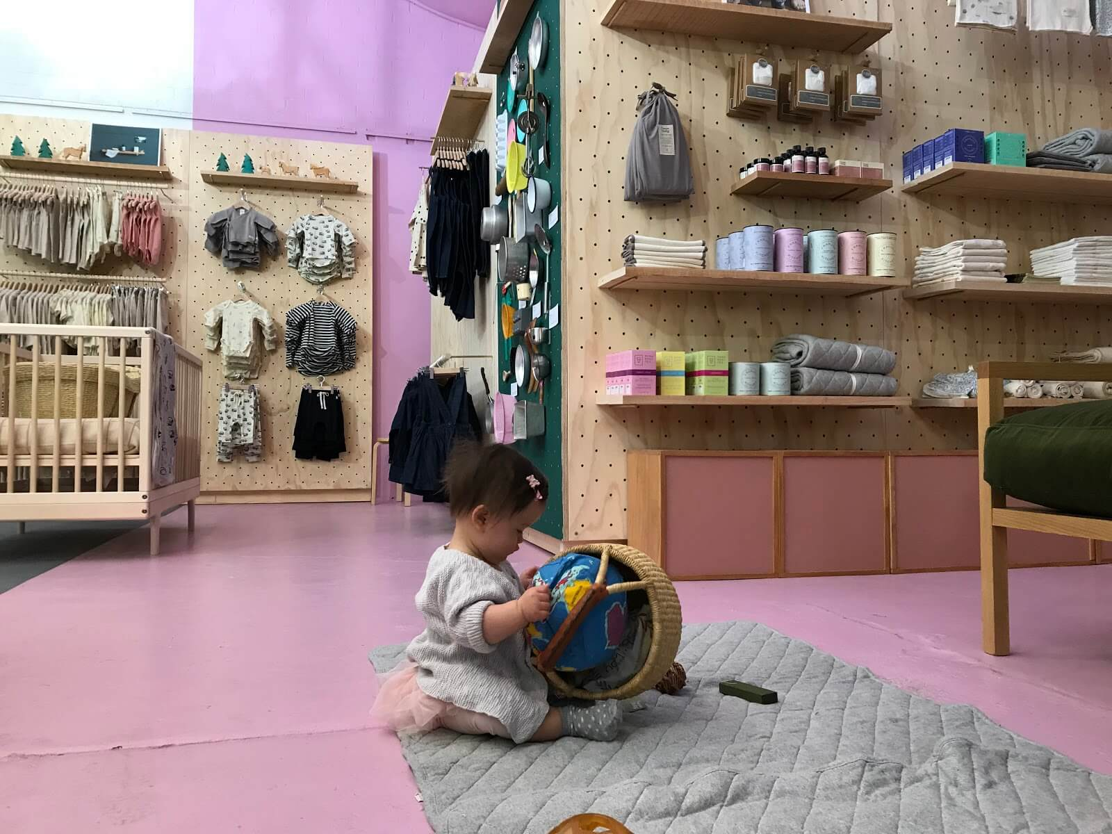To create Baby Shop Melbourne Blog review we checked erlinelomantkgs831.ga reputation at lots of sites, including Siteadvisor and MyWOT. We found that erlinelomantkgs831.ga is safe for children and does not look fraudulent.